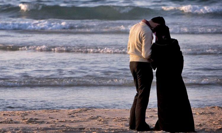 cara pujuk pasangan, cara pujuk isteri, cara pujuk suami, suami isteri bergaduh, isteri merajuk, suami merajuk
