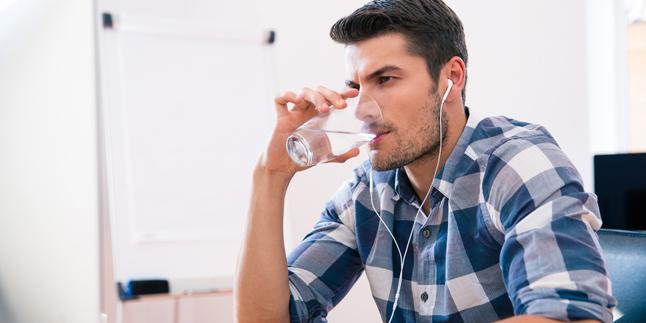 rahsia minum air masak, minum air masak waktu pagi, khasiat minum air masak, manfaat air masak