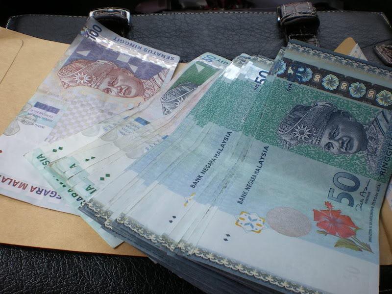 isteri menteri kewangan, isteri jaga kewangan, isteri uruskan duit suami, isteri uruskan kewangan suami