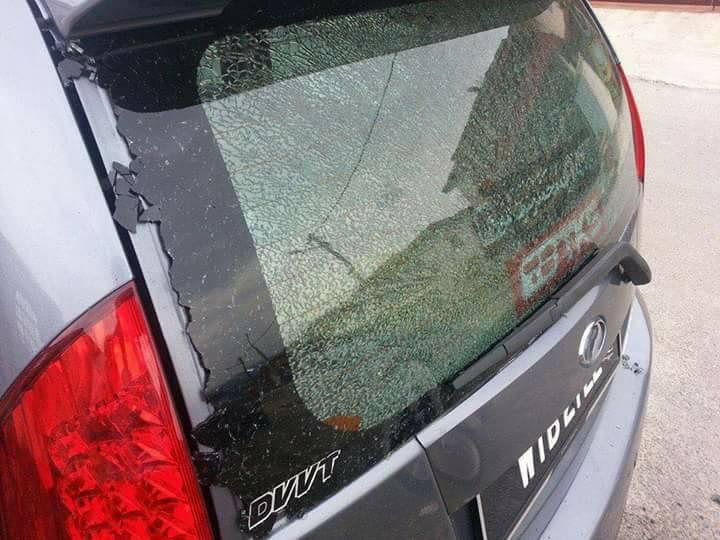 cermin kereta pecah, cermin kena batu pemotong rumput, cermin pecah pemotong rumput, insuran pemotong rumput