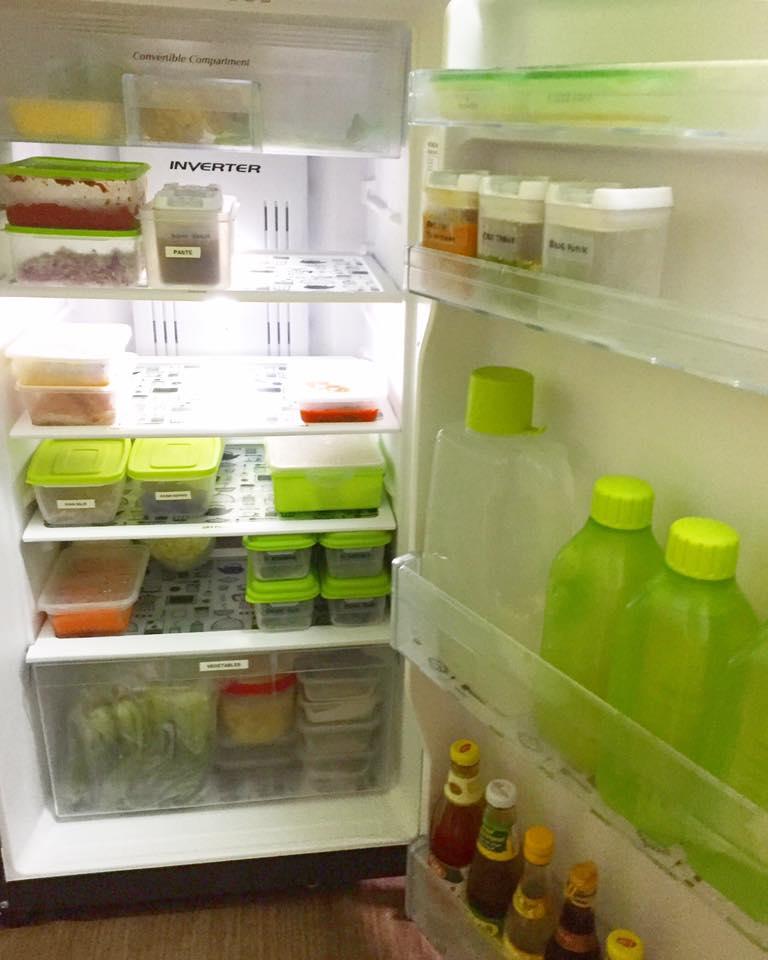 pengurusan barang dapur, pengurusan barang basah, pengurusan peti ais, cara susun barang dalam peti ais, cara simpan barang dalam peti ais