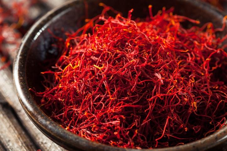 kebaikan saffron, manfaat saffron, petua saffron, cara minum saffron, cara guna saffron, saffron dalam masakan, saffron dalam minuman