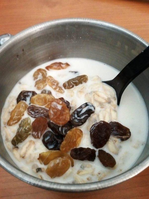 meal plan diet, makanan untuk diet, makanan tambahan untuk diet, meal replacement untuk diet, meal replacement, oat dan raisin, overnight oats