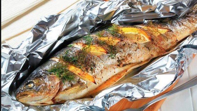 bakar ikan guna pembalut aluminium, masak guna pembalut aluminium, bakar makanan guna pembalut aluminium, bahaya pembalut aluminium, kesan pembalut aluminium