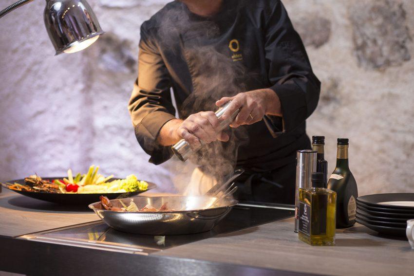 cara elak rumah berbau masakan, bau masakan, asap ketika memasak, aroma masakan, bau rumah aroma masakan, berbau selepas memasak, rumah berbau aroma masakan